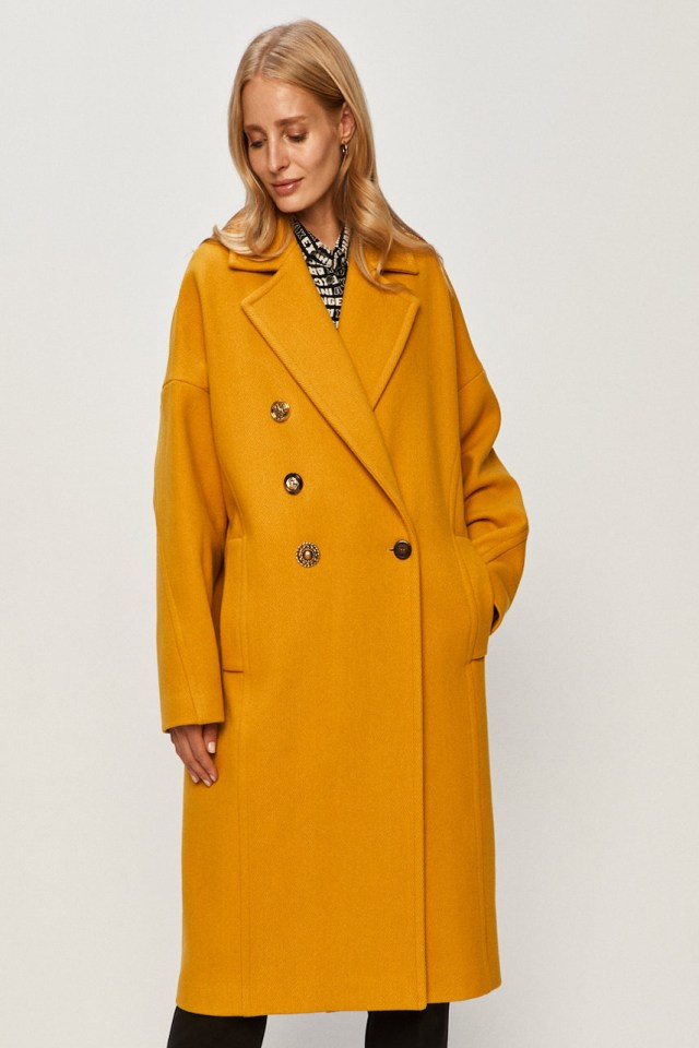 Palton din colectia Pinko