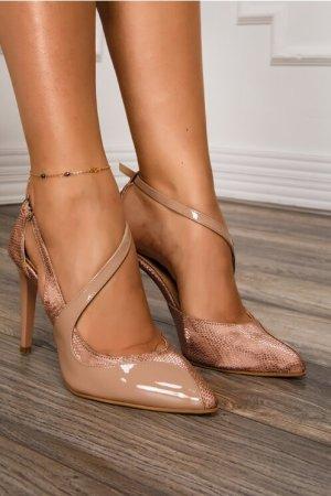 Pantofi bej din piele lacuita cu decupaj deosebit Dyfashion