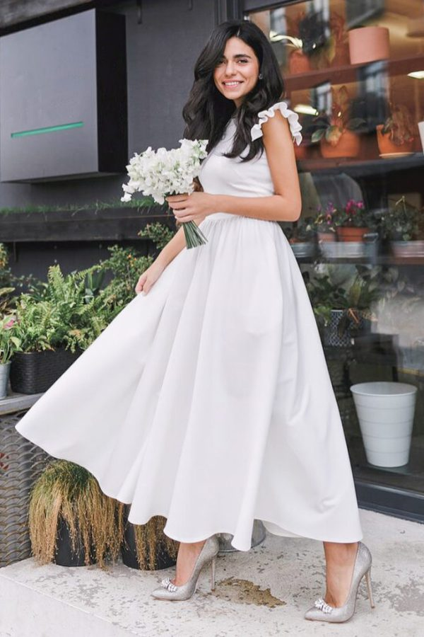 Rochie eleganta si rochie lunga de zi alba cu fusta clos si maneci scurte din barbie Lolita