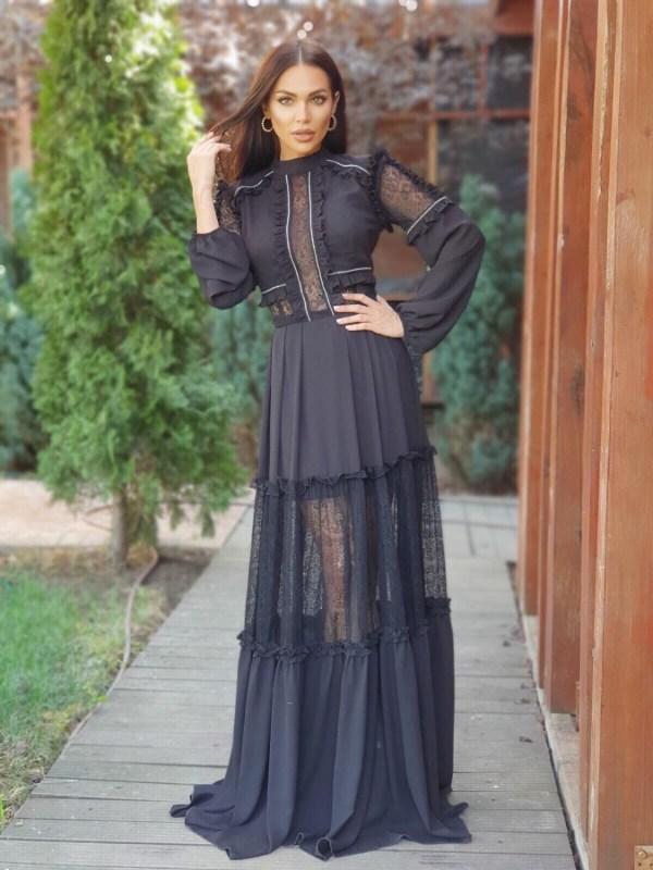 Rochie lunga neagra cu insertie dantela