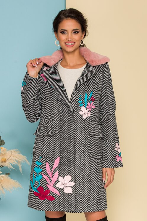Jacheta cu imprimeu zigzag si aplicatii florale