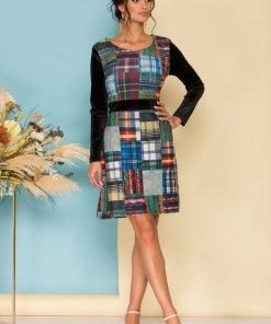 Rochie eleganta din catifea cu decolteu rotund si imprimeu colorat