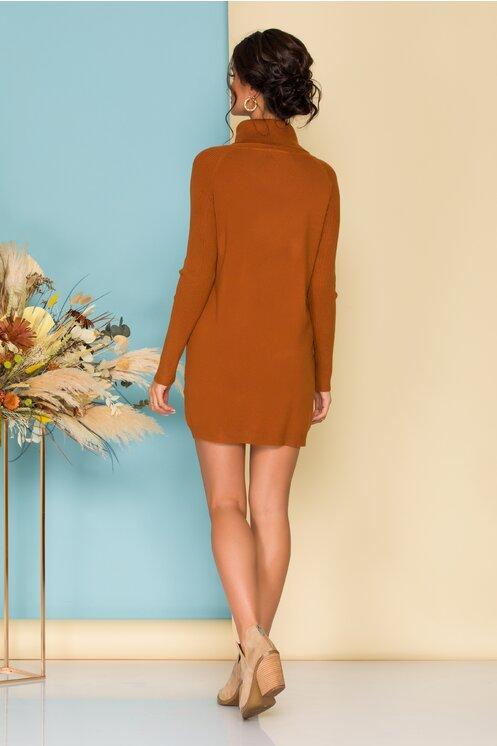 Rochie eleganta scurta tricotata caramizie cu nasturi si guler