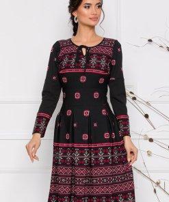 Rochie eleganta neagra cu motive traditionale romanesti rosii
