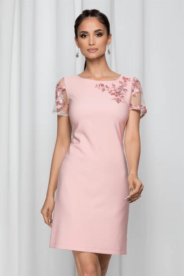 Rochie eleganta LaDonna roz accesorizata cu broderie si dantela
