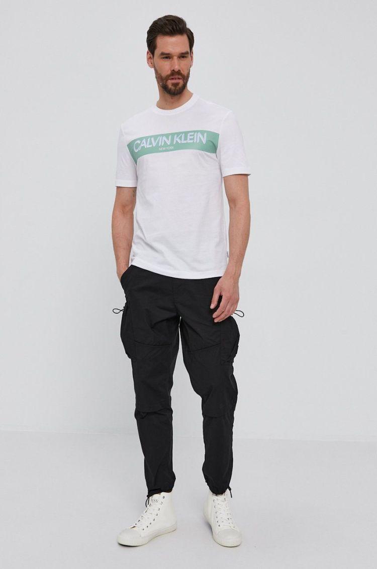 Tricou barbati alb Calvin Klein cu imprimeu