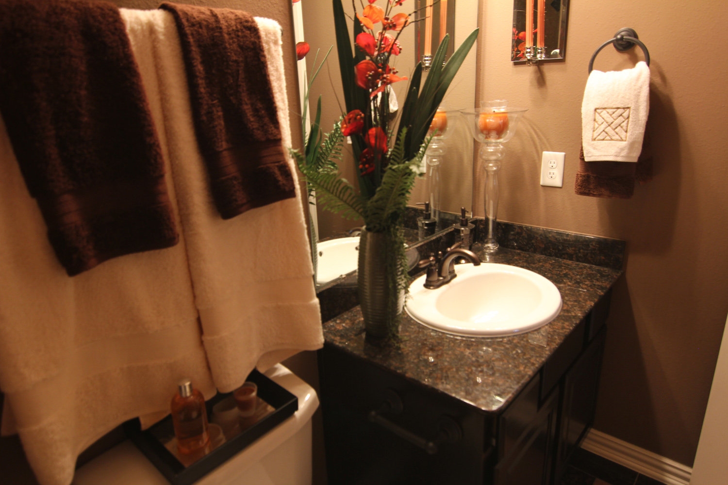 Drake Homes Inc bathroom