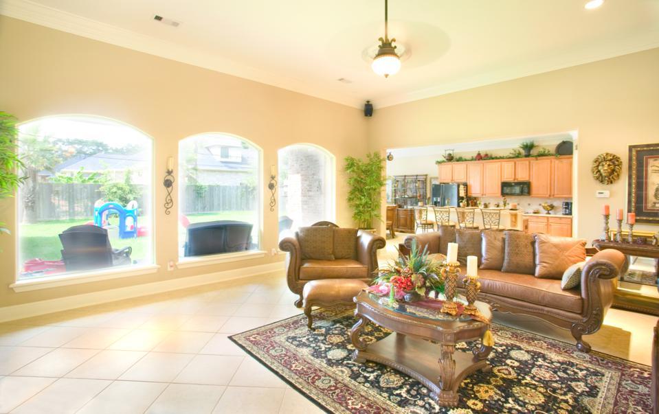 Living room - Drake Homes Inc