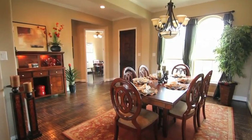 Entry from dining - Tuscany Woods