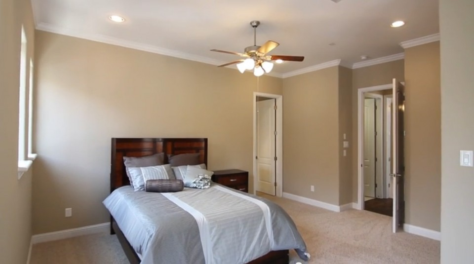 6111 Stillman - master bedroom