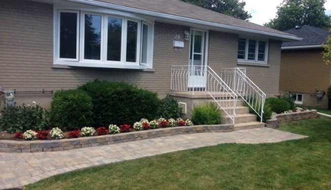 garden lawn interlocking stone curb appeal