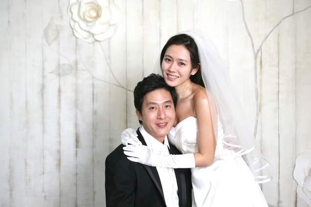 Apa yang penting dalam kehidupan pernikahan? Film My Wife Got Married. Review dan sinopsis Film My Wife Got Married.