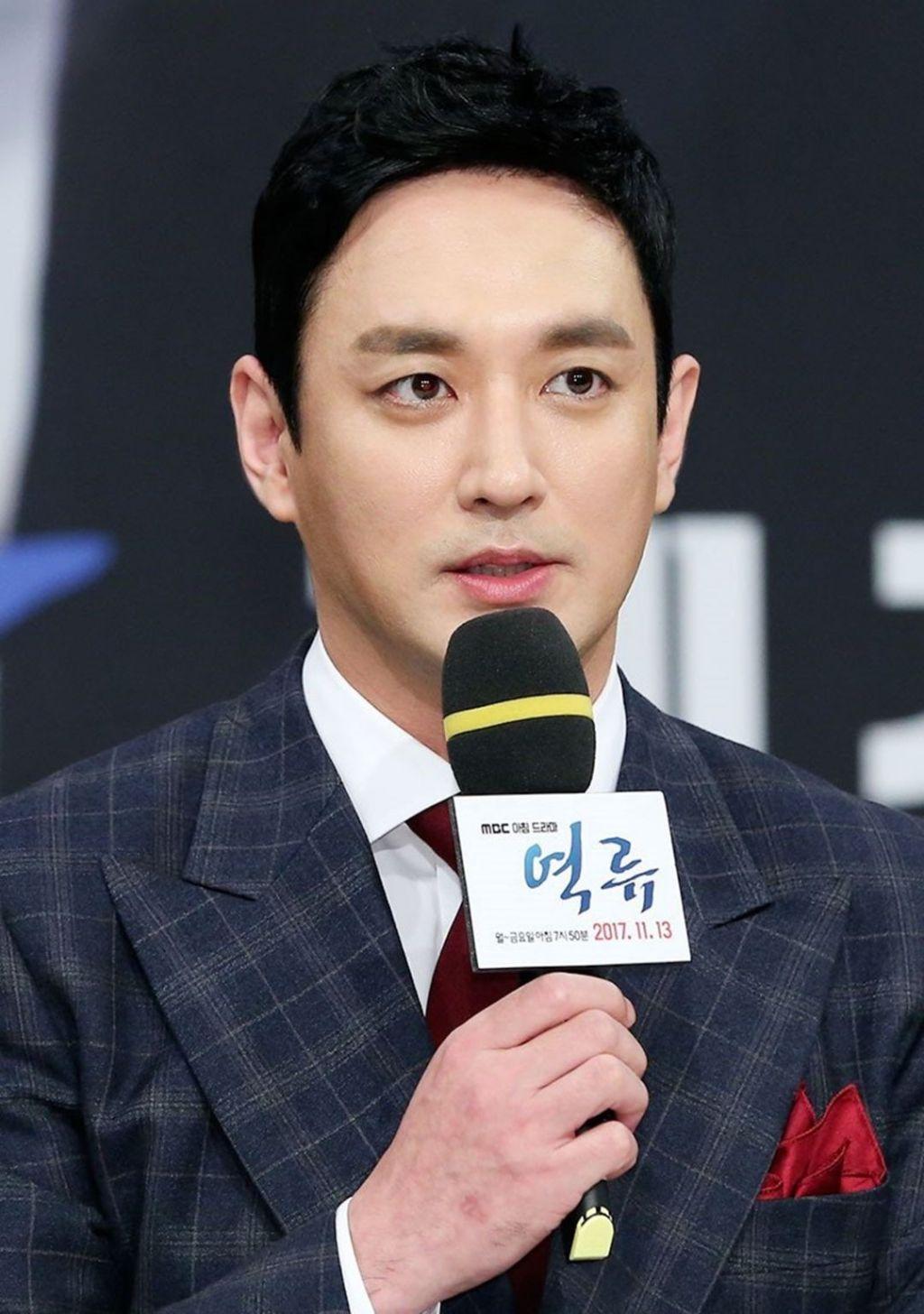 Lee Jae Hwang