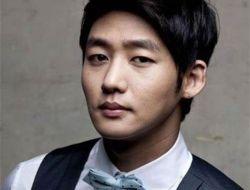 Profil Lengkap Lee Tae Sung