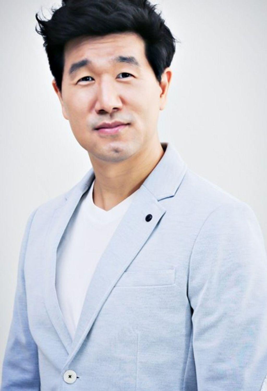 Song Hoon