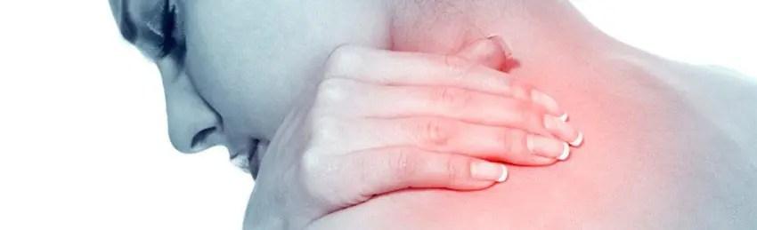 síndrome da saída torácica em mulher