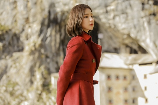 First Still Images Of Shin Se Kyung Amp Kim Rae Won In KBS2