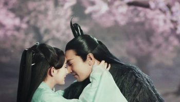 The Fangirl's Movie Review: Once Upon a Time | Dramas with a