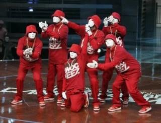 「ジャバウォーキーズ(JABBAWOCKEEZ )マスク姿の人気ダンスクルー」のアイキャッチ画像