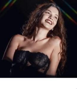 「サブリナ・クラウディオは人気急上昇中のR&Bの歌姫」のアイキャッチ画像