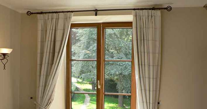 rod pocket curtain