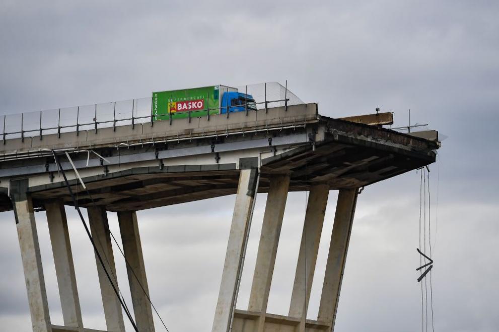 За Олга, падналият мост и други работи