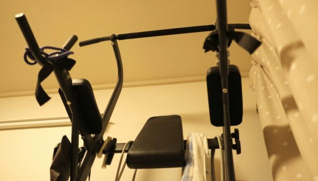 リーディングエッジのチンニングスタンドは100kgで加重しても平気だよっ!という話
