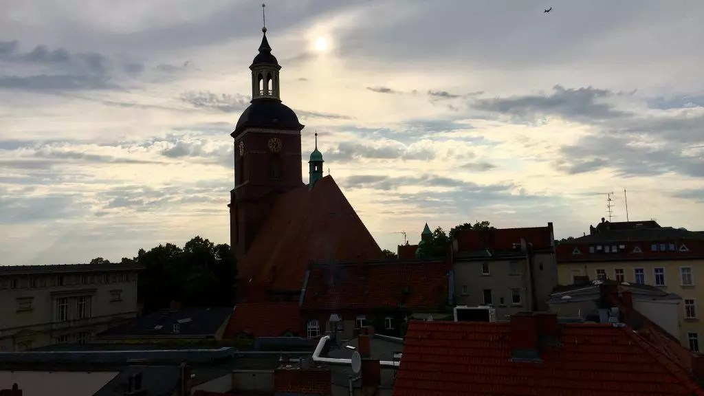 Blick zur Spandauer Kirche