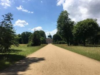 Die Hauptallee im Park Sanssouci