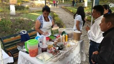 Hier werden leckere Obleas (Oblaten) mit Milchkaramell, Marmelade und Frischkäse (!) verkauft
