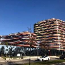 Das bunte Gebäude der Hamburger Behörde für Energie und Umwelt