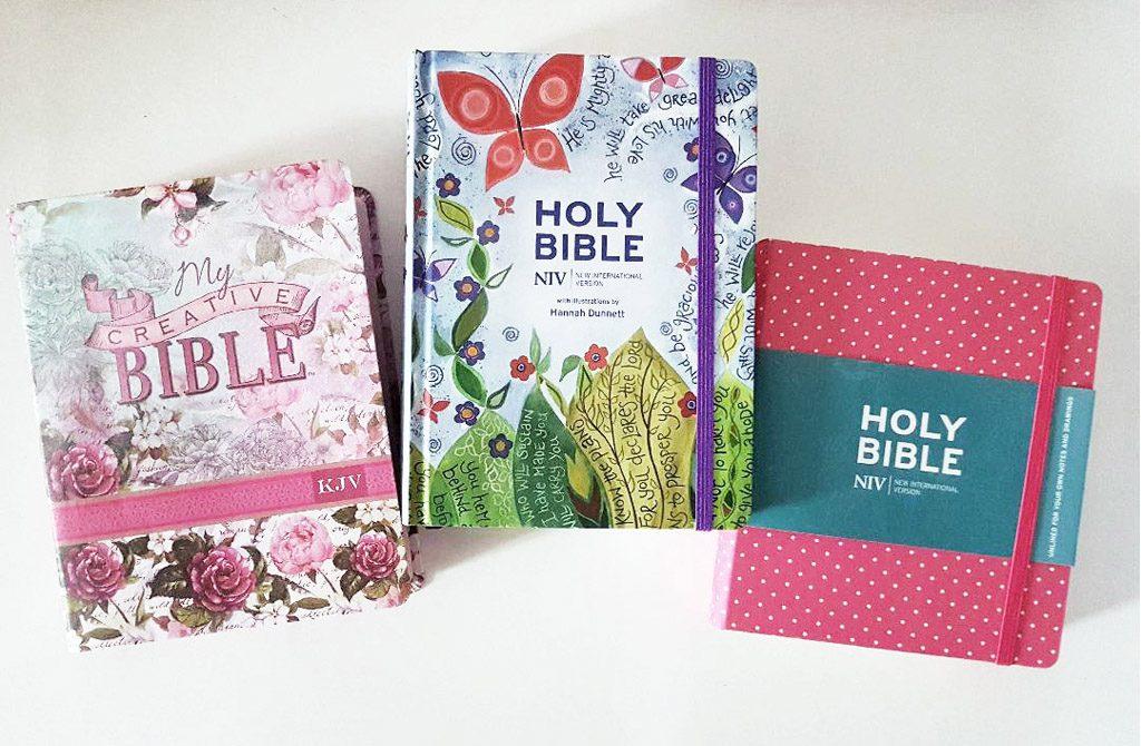 Feminine journaling Bible examples