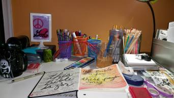 Art Desk_5