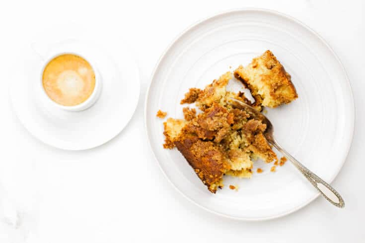 Gluten-free coffee cake recipe - Dr. Axe