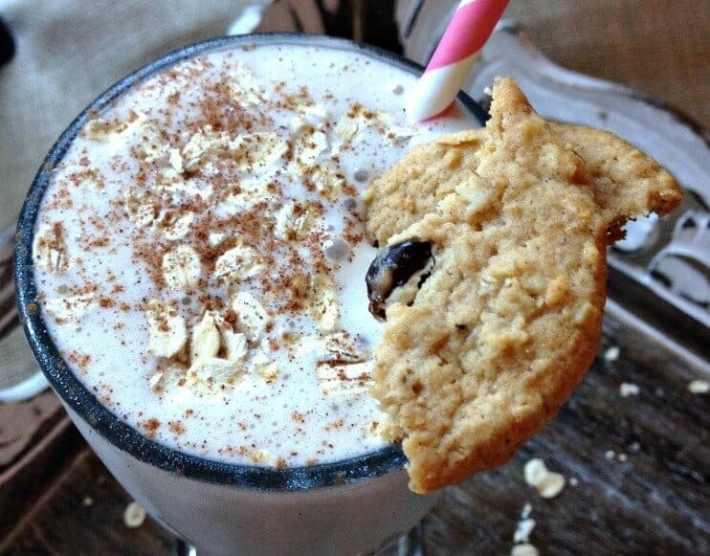 Oatmeal Raisin Cookie Protein Shake