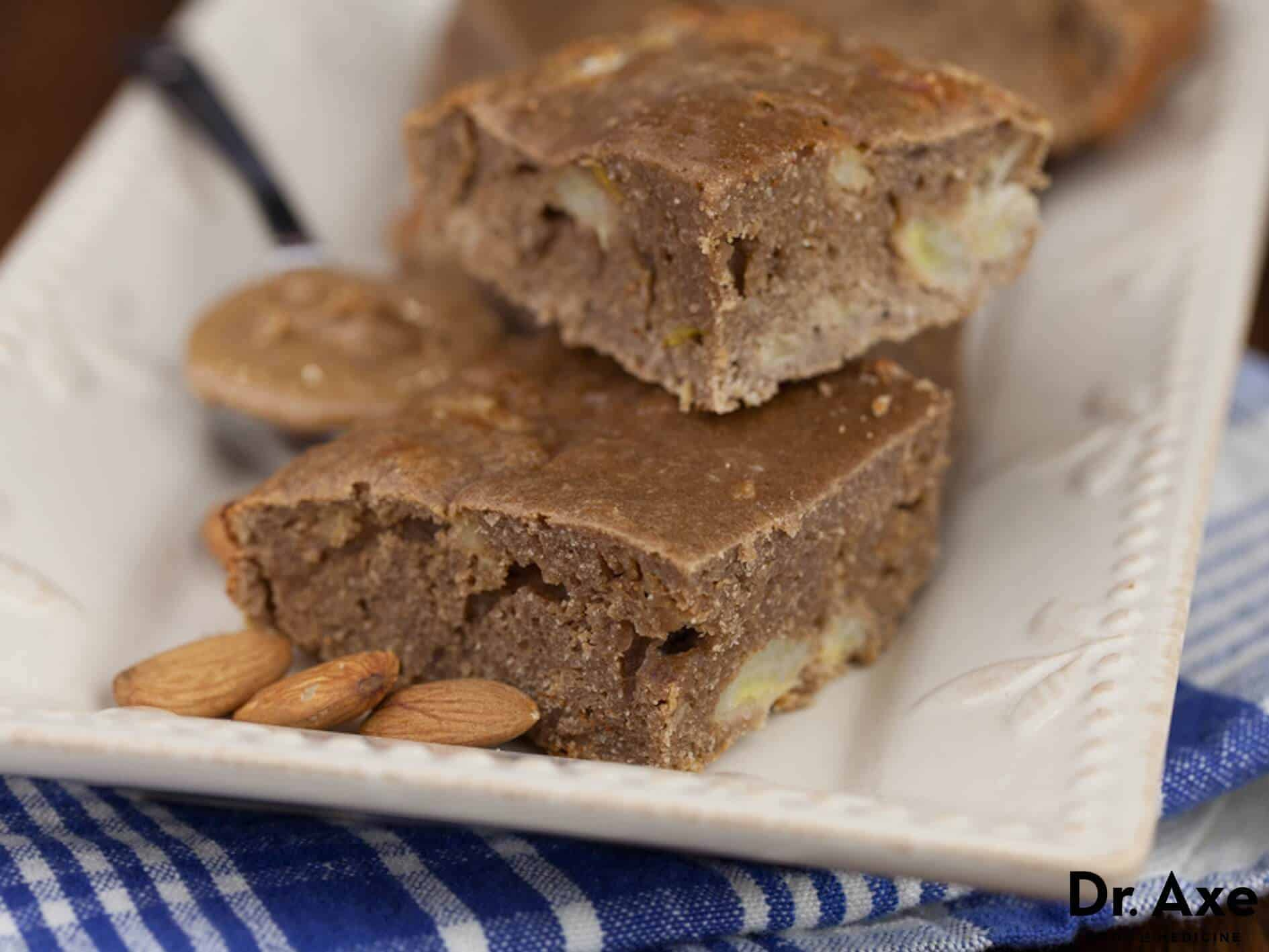 Almond Butter Banana Protein Bars Recipe