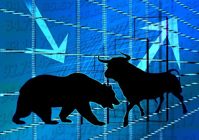 bull and bear market definition, are we in a bull or bear market, bear market example, difference between bull and bear market, bear market, bear market risk, what causes a bear market, signs of a bear market
