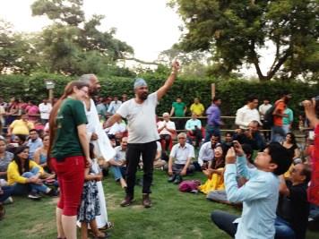 ajit-sahni-singing-at-vrindavan-atheist-meet-14-15-10-16-32