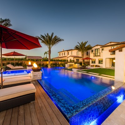 Top Trends in Pool Decking & Coping