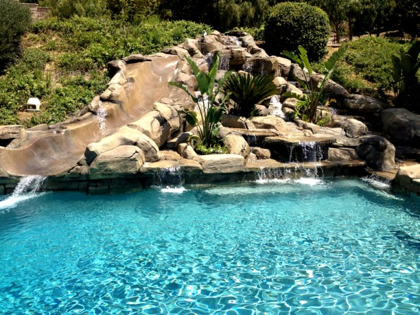 Natural Rock Slide Pool