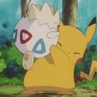 Togepi vs Pikachu