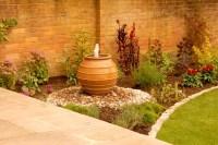 Stoke Poges, Sunken Seating - Dream Gardens