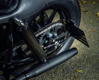 »Die Bremsscheiben sind eine Sonderanfertigung. Leider gab es nichts auf dem Markt, was zu den Serienrädern gepasst hätte. Also habe ich welche anfertigen lassen«