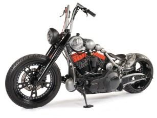 Gabel und Lampe sind die einzigen Originalteile von Harley
