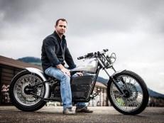 Hier der Beweis: Elektro-Motorräder müssen nicht zwangsläufig hässlich sein. Bruno Forcella auf seinem aus- nehmend gut gelungenen E-Chopper