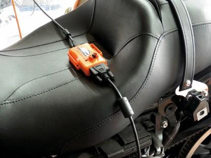 Per Laptop wird der Super Tuner zugeschaltet, dessen Software auf die ECM des Bikes gespielt wird. Mit beachtlichem Erfolg