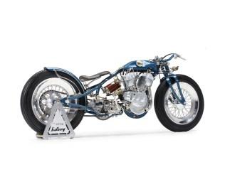 Die sehr speziellen Räder entstanden bei den Räderkünstlern von JoNich in Cinisello Balsamo nördlich von Mailand. Die winzigen Bremstrommeln samt den Naben baute Mirko selbst
