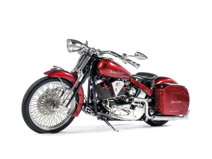 Harley-Davidson Softail Deuce – Eternal Love