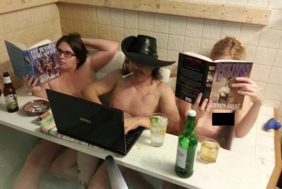 Hot tub 3 - Censored