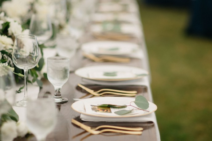 tablescape by a Saugatuck wedding planner